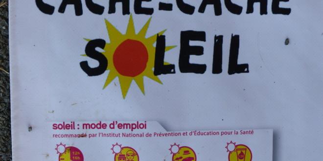 Les bénévoles alertent les enfants sur les dangers du soleil